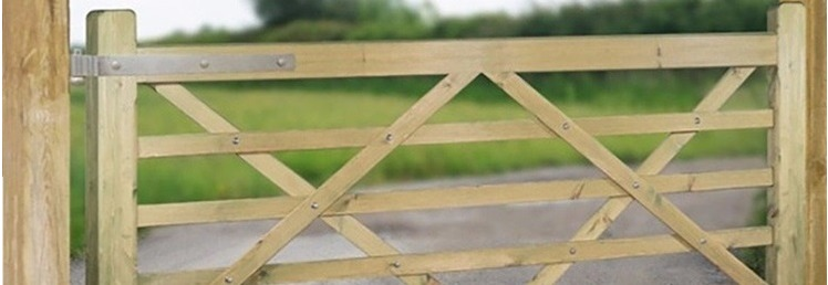 Wooden Farm Yard / Field Gates