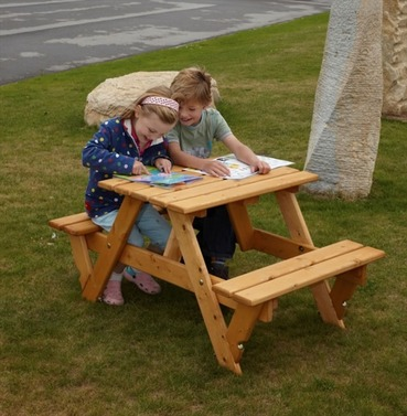 Childrens Garden Furniture - Kids Picnic Bench