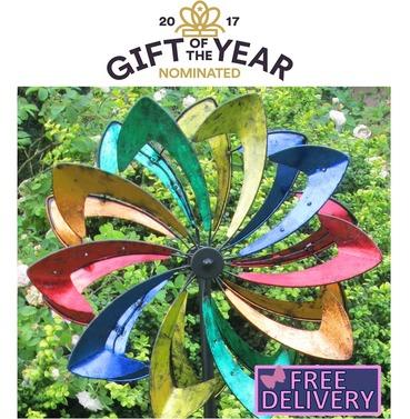 Malvern Starlight Garden Wind Sculpture Spinner - Built in dynamo LED Lights