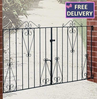 Classic Double Metal Driveway Gate