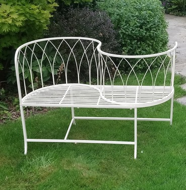 Antibe Ivory Love Seat Metal Bench - Kissing Seat