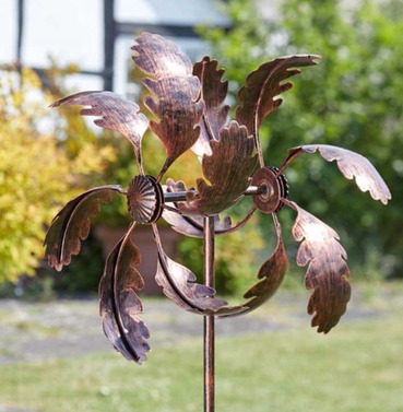 Oak Leaf Wind Spinner