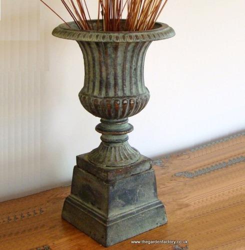 Copper Cast Iron Garden Urn & Base - 68cm
