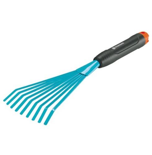 Hand Leaf Rake for Raking Leafs and Grass Cuttings - Gardena