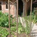 Art Deco Metal Garden Rose Arch - Gold \ Bronze Finish