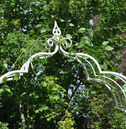 Vintage Metal Garden Rose Arch - Aged Cream